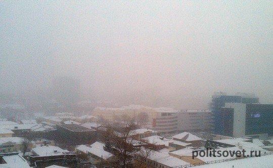 Из Екатеринбурга вывезли тысячи тонн снега