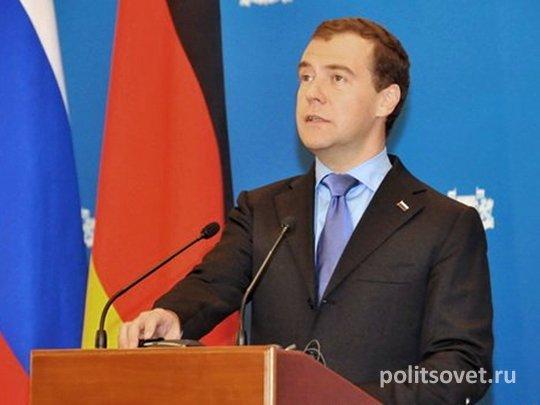 Команда Медведева пошла в контратаку