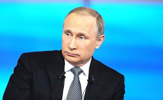 Путин попросил «всяких жуликов» угомониться всвязи спубликацией «панамского досье»