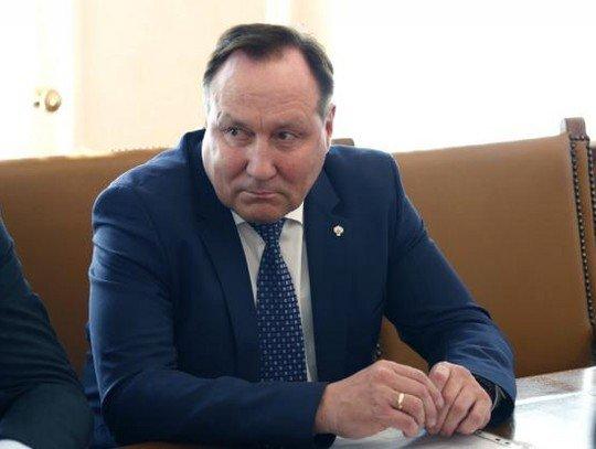 Министр здравоохранения приказал главврачам обеспечить явку на выборах губернатора
