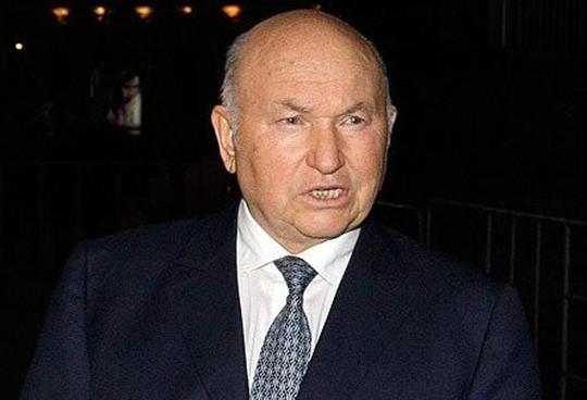 Лужков назвал «Единую Россию» препятствием для развития страны