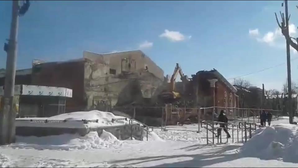 Вовремя взрыва телебашни вЕкатеринбурге нелегально снесли кинотеатр «Темп»