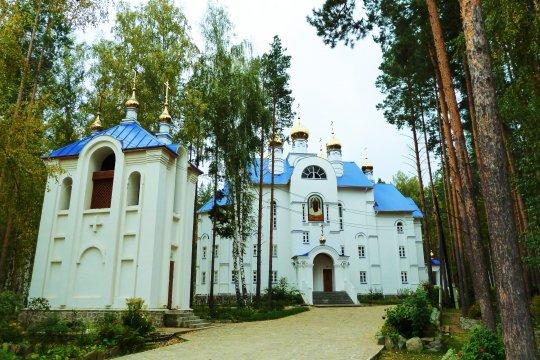 Экс-схиигумен Сергий параллельно с епархией занялся оформлением собственности на монастырь